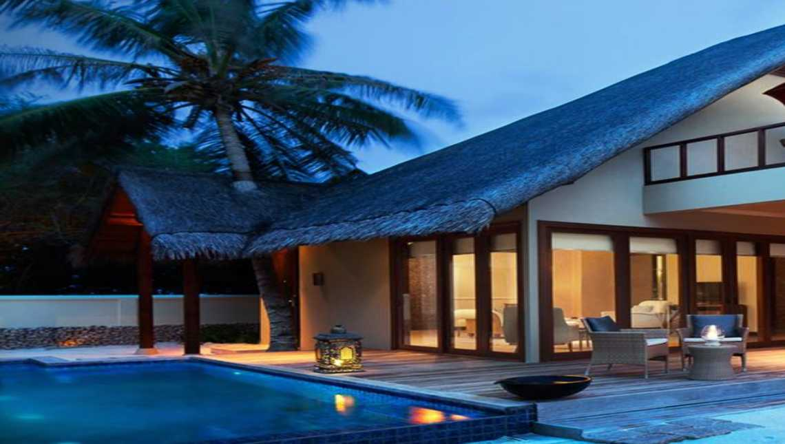 One Bedroom Beach Villa Suites with Oversized Plunge Pool