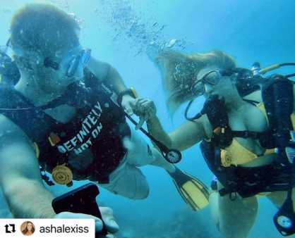 Ashley Alexiss Rocks At The Maldives With Her Husband