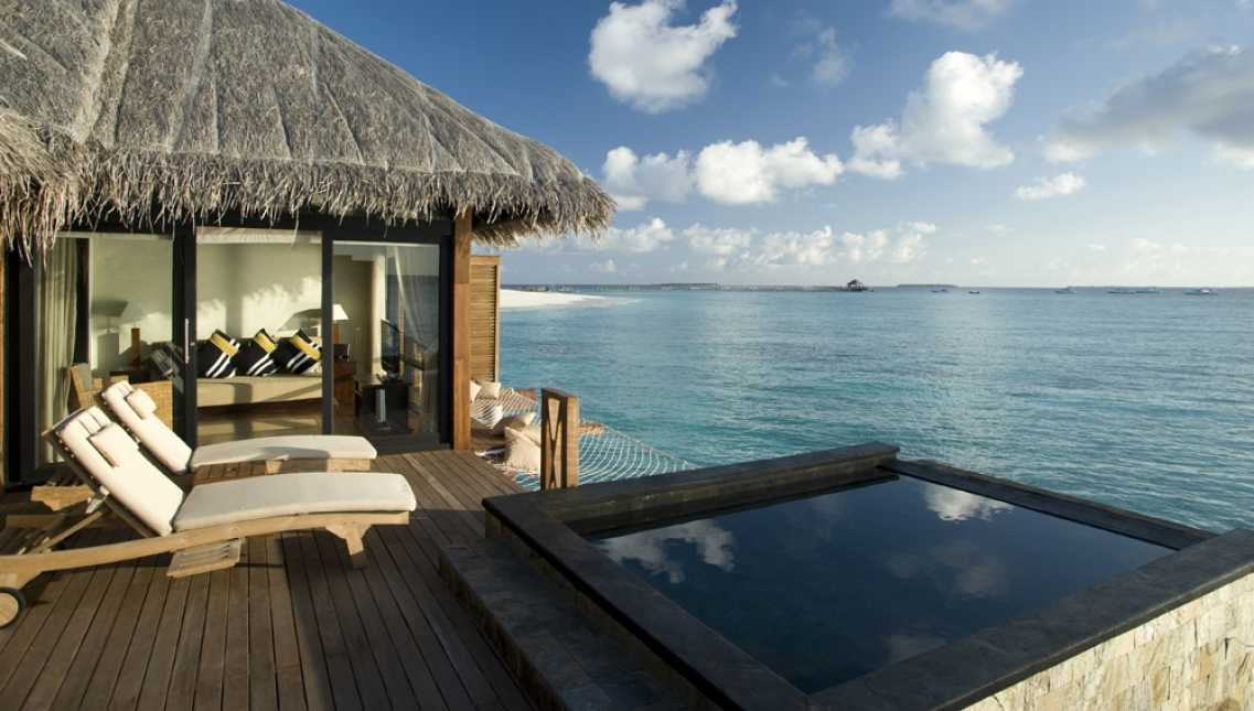 Sunset Water Villas With Infinity Pool