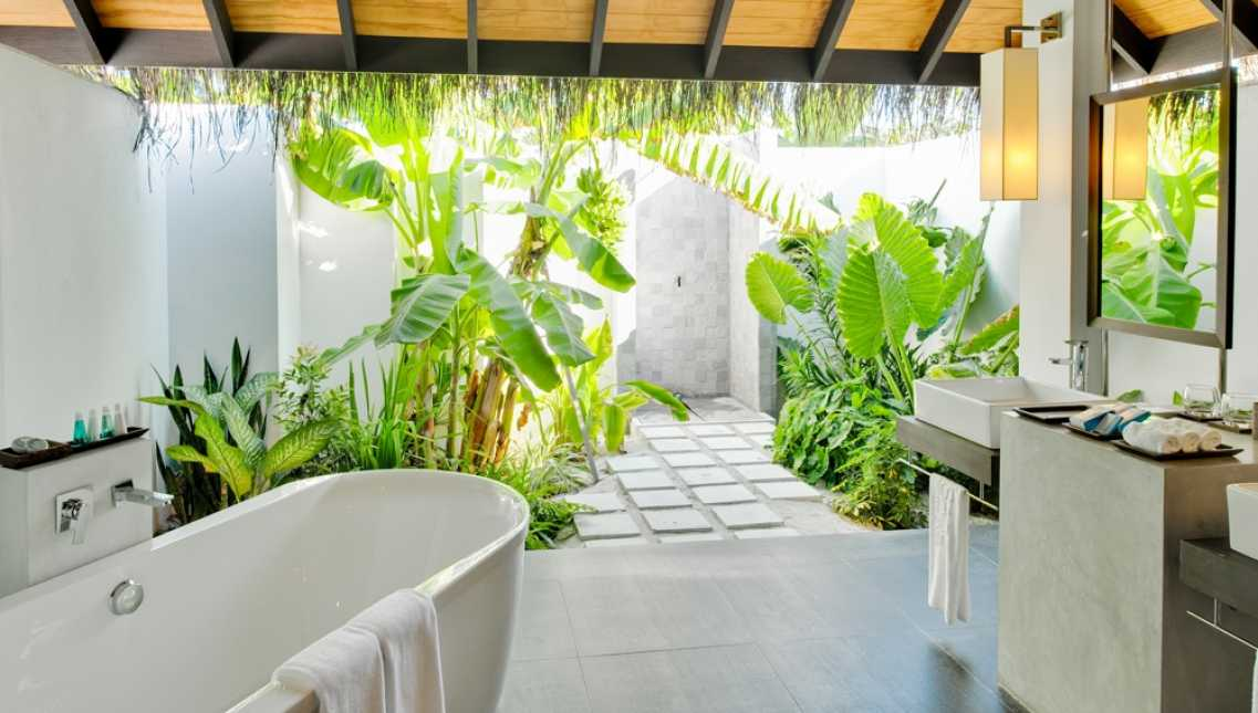 <b>Each Villa and Bungalow provides the following amenities:</b>